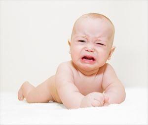 赤ちゃんの便秘の原因と解消法