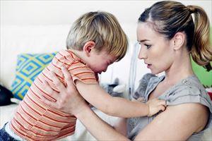 2歳児のイヤイヤ期の効果的な怒り方は?