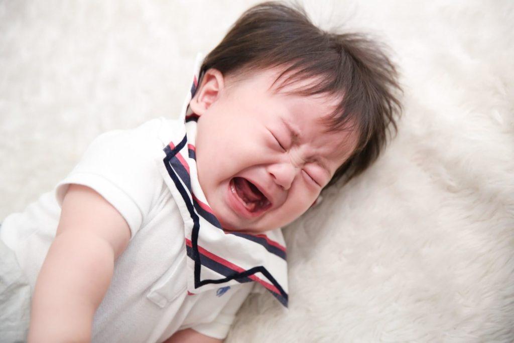 赤ちゃん泣く