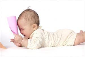 赤ちゃんの寝返り