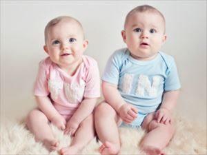 海外でも通じる双子の名前