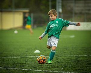 サッカーはトレーニングシューズ