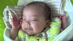赤ちゃんの成長記録