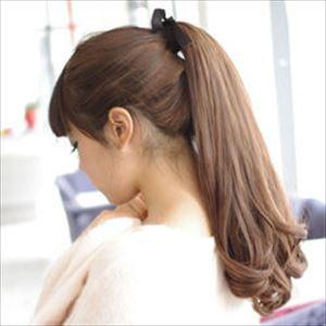 卒業式でのロングの女の子のヘアアレンジ