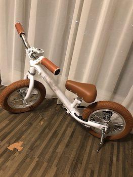 バランスバイク(キックバイク)の人気:SPARKY